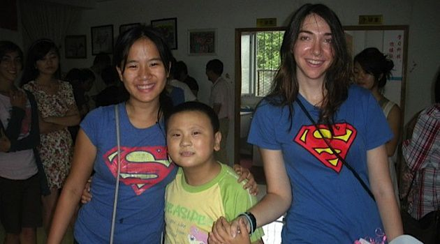 Supersisters: Rachel Landes (left) and her sister Sarah volunteered at a center for people with special needs in Xi'an, a city in northwest China.