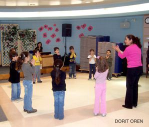 B'Ivrit: At Kachol-Lavan in Toronto, a first-grade class learns songs and dances for Hanukkah.