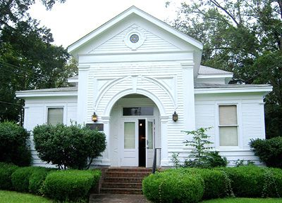 Lexington?s synagogue.