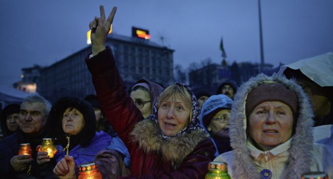 Victory: Ukrainians cheer the news of President Viktor Yanukovych?s ouster.