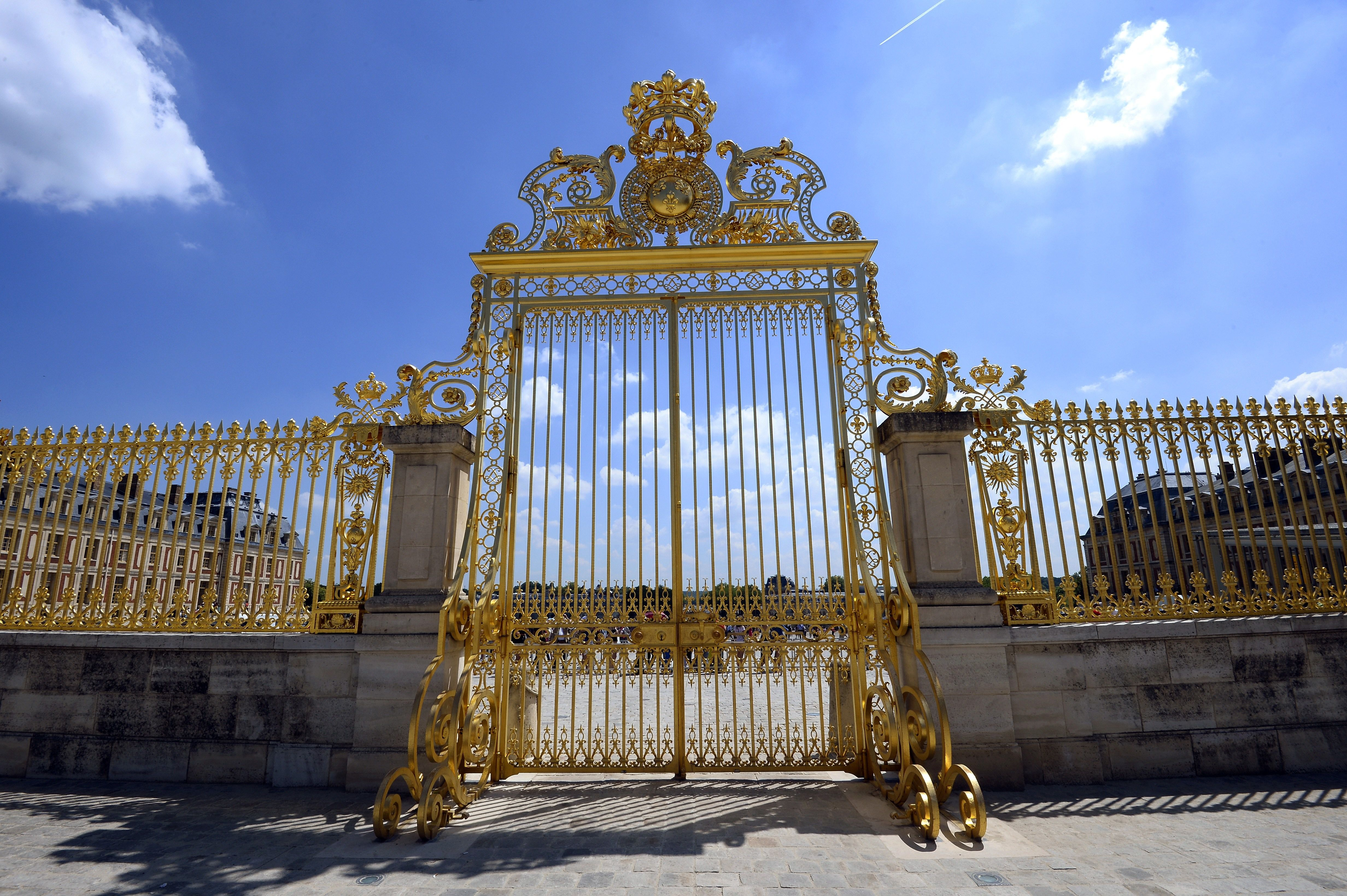 essay by novelist lucinda rosenfeld reckons class privilege a literal gate of privilege in versailles