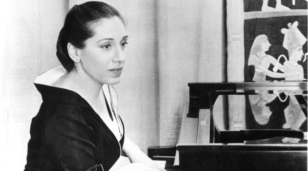 Intellectual Virtuoso: Pianist Rosalyn Tureck was fascinated by the fractals of Benoit Mandelbrot and she socialized with Nobel Prize winning scientists.