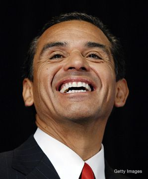 Villaraigosa: Occasionally goes to Shul