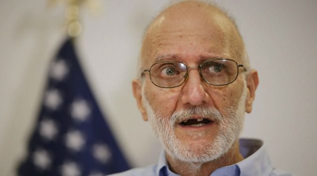 Chag Semeach: Alan Gross thanked President Obama for winning his freedom, calling it the best Hanukkah gift ever for him and his family.