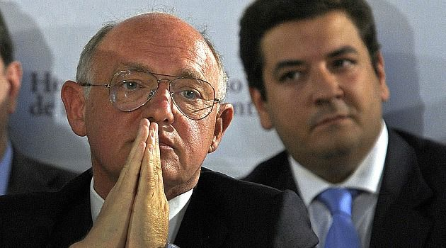 Iran Probe Fracas: Argentine Foreign Minister Hector Timerman, who is Jewish, has rejected calls to scrap the deal to include Iran in a probe of the 1994 Jewish center bombing.