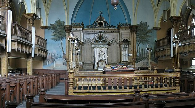 Old and Ornate: The leadership of Congregation Beth Hamedrash Hagadol had said its structure has deteriorated beyond repair. Now, it?s had a change of heart.