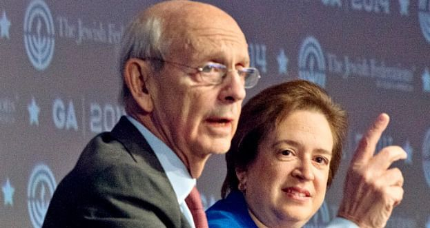 Supreme Court justices Stephen Breyer and Elena Kagan speak at the 2014 General Assembly conference of the Jewish Federations of North America.