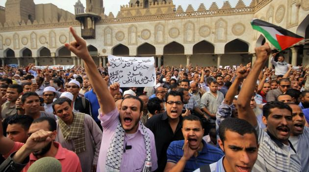 Angry Street: Egyptians gather to denounce Israel?s strikes on Gaza.