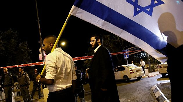 Temple Feud: Israelis demonstrate after shooting of Temple Mount activist Yehuda Glick.