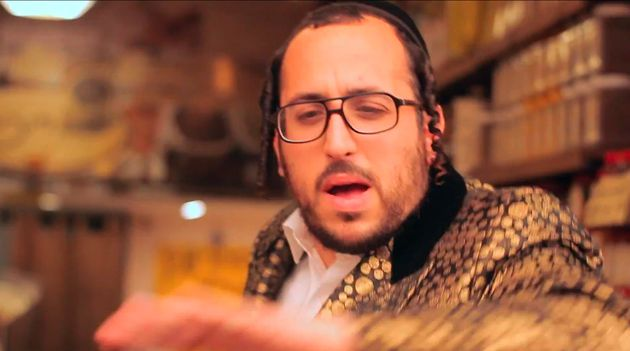 Hasidic popstar Lipa Schmeltzer has been making waves in ultra-orthodox communities for years.