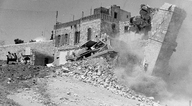 Forced Removal: Hours after conquering East Jerusalem in the 1967 war, Israeli authorities demolished the Arab Mughrabi neighborhood in the shadow of the Western Wall. Those who once lived there still mourn the loss of their homes.