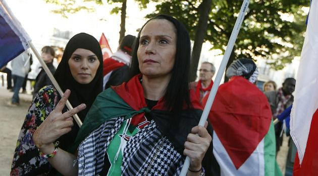 French demonstrators rally against Israeli war in Gaza.
