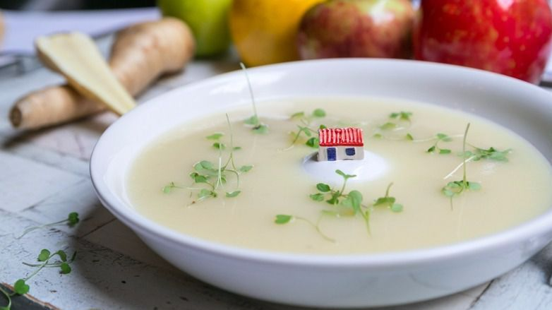 Parsnips and Granny Smith apples are simmered in chicken stock and white wine to produce a soup that has delicious flavor.