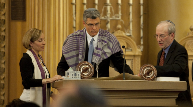 Nod to Change: Rabbi Rick Jacobs pointedly used his 2012 installation as head of the Union for Reform Judaism to symbolize big changes at the group.