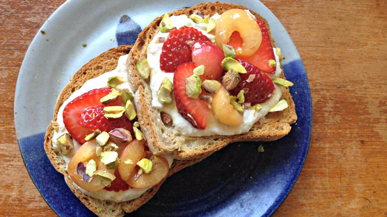 Ricotta Toast With Cherries,Strawberries and Pistachios