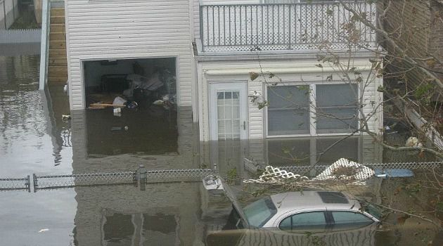 New Year?s Pain: This was the scene when Hurricane Sandy ripped through Staten Island last year. Months have passed, but many Jews have still not returned to their homes.