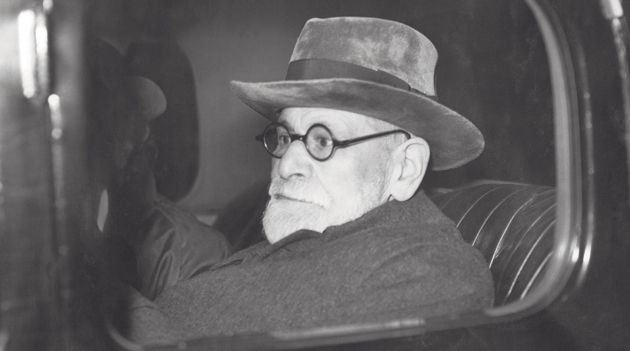 Through a Car Window, Darkly: Sigmund Freud arrives in London in 1938.