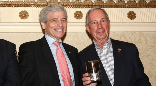 Fall From Power: William Rapfogel meets with Mayor Michael Bloomberg at the Met Council on Jewish Poverty?s annual legislative breakfast.