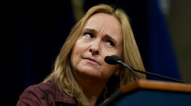 Melissa Etheridge called Angelina Jolie ?fearful? for undergoing preventative breast cancer surgery. But, says her statement has been mischaracterized by the press.