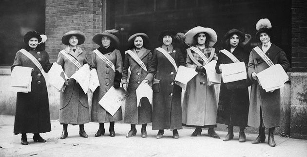 Solidarity: Garment workers in Cincinnati sold newspapers to support the International Ladies? Garment Workers? Union during its New York City shirtwaist strike of 1909 to 1910.