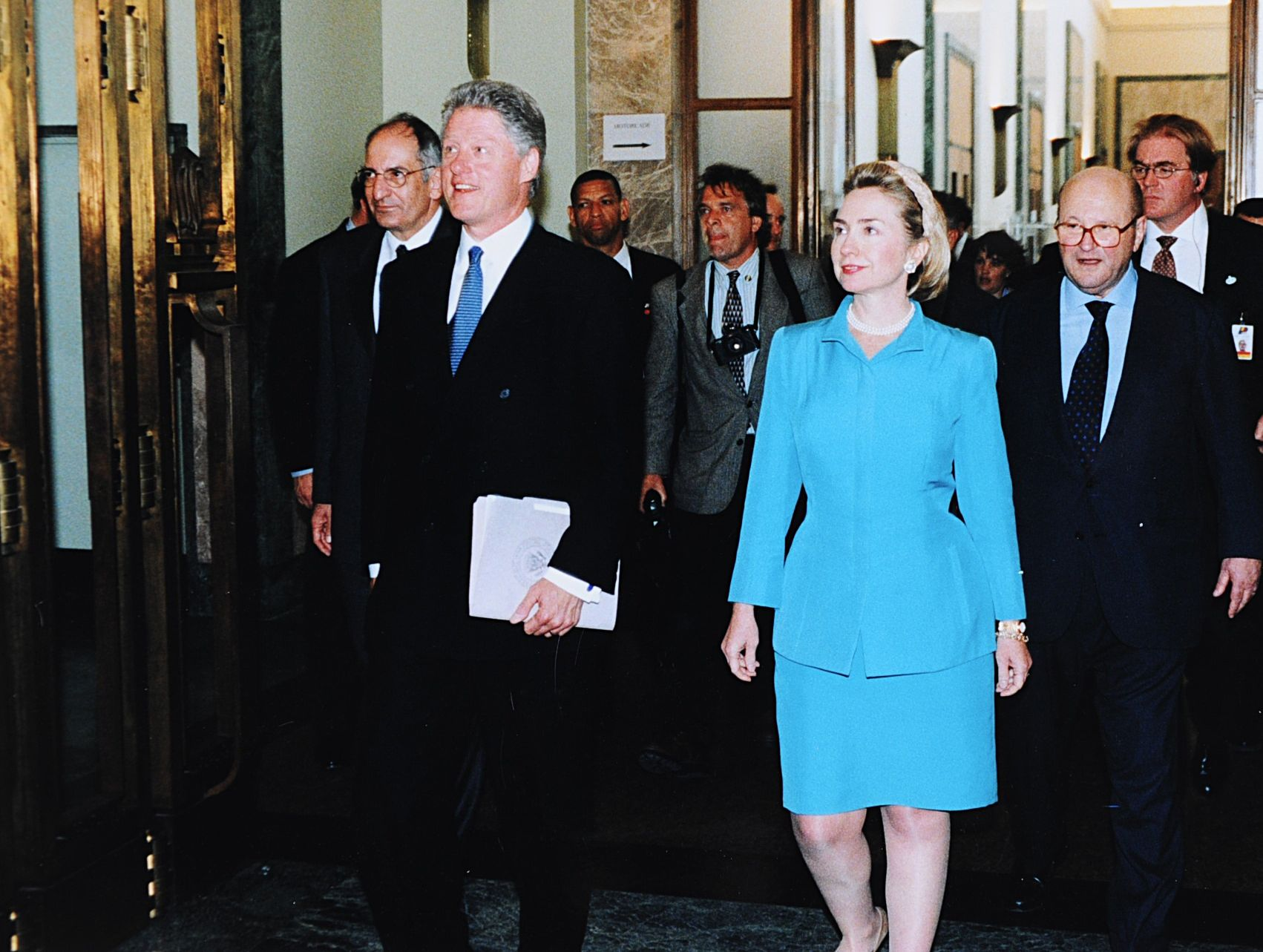 new book to imagine hillary rodham without bill clinton the forward
