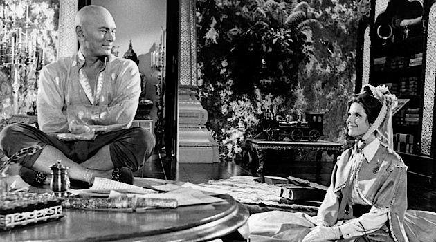 """Yul Be Sorry: Yul Brynner and Samantha Eggar in a short-lived, 1972 sitcom version of """"The King and I."""""""