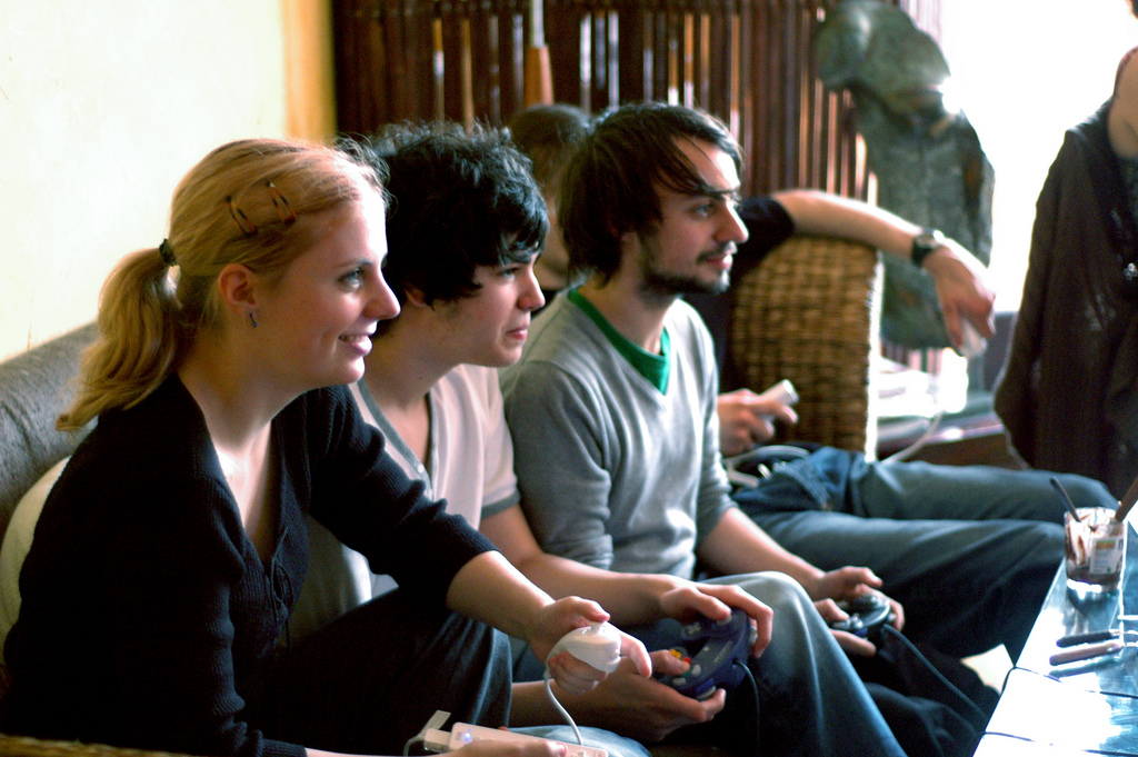 3 Reasons Why You Need Gaming for Team Building