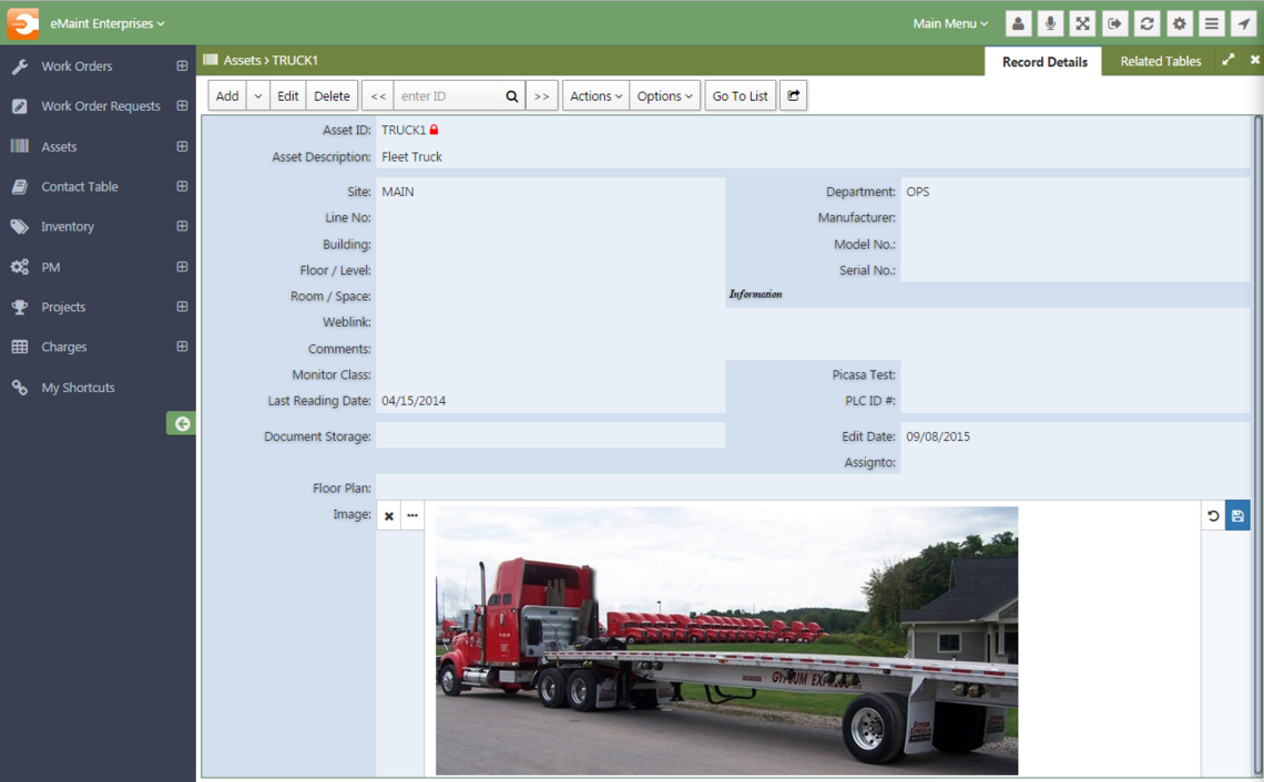 eMaint CMMS comes with an interface that's customizable and easily navigable.