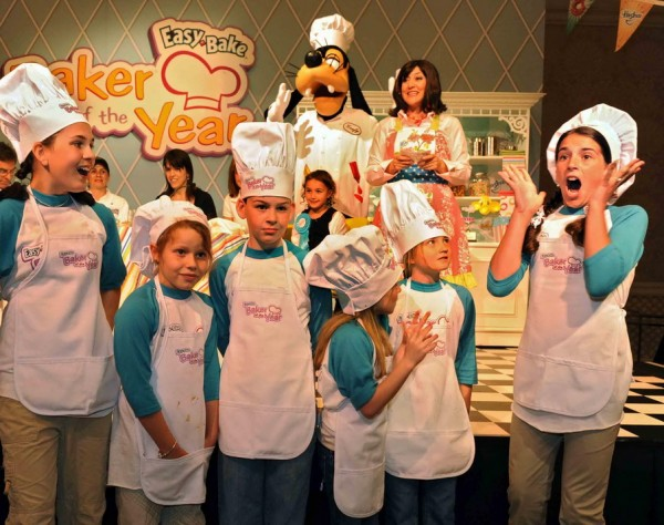 """easybake 600x474 Orlando's Go To Team Takes the Cake"""" at Walt Disney World Resort"""