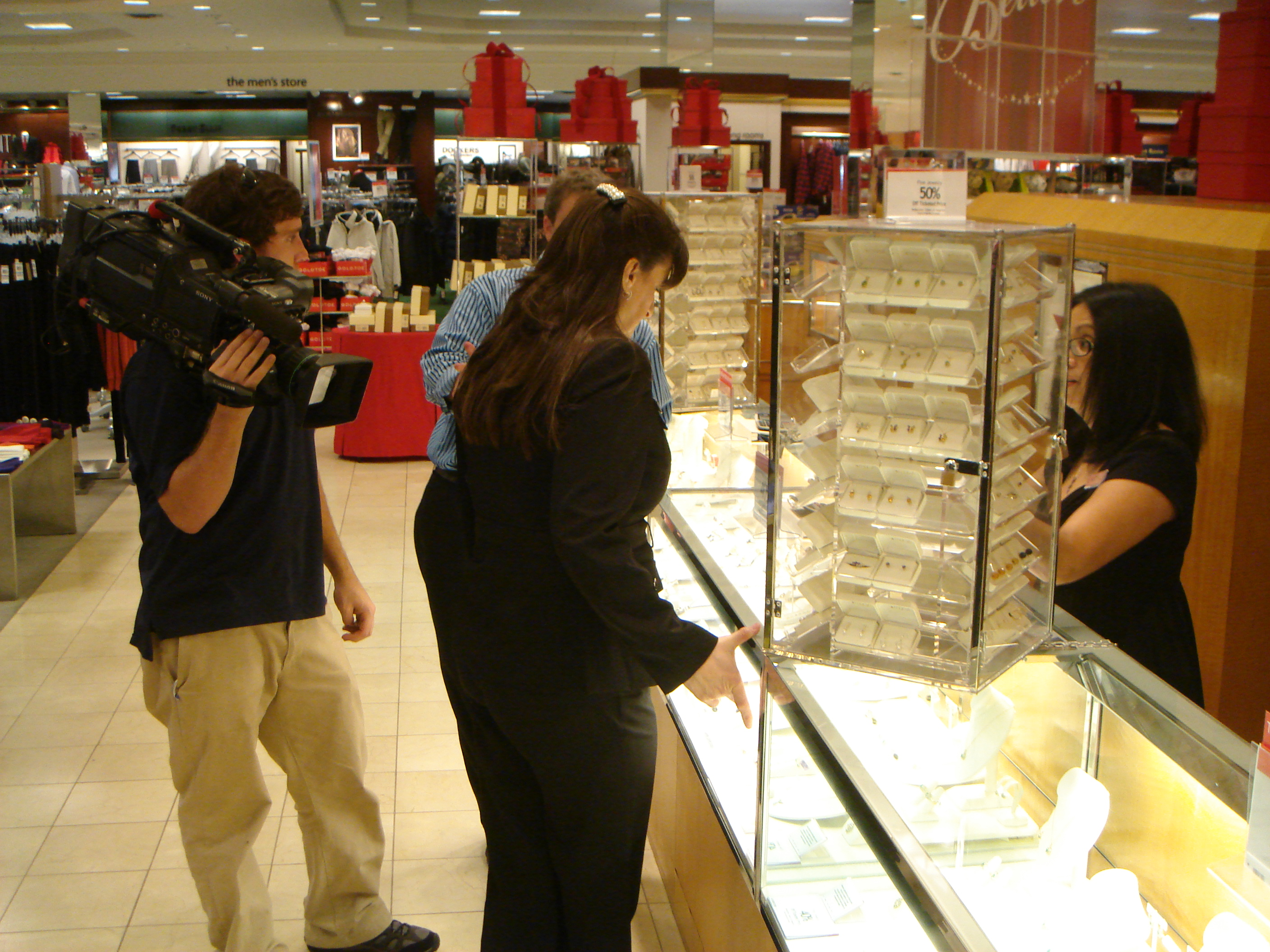 DSC04451 Richmond Video Crew Shoots For Macys