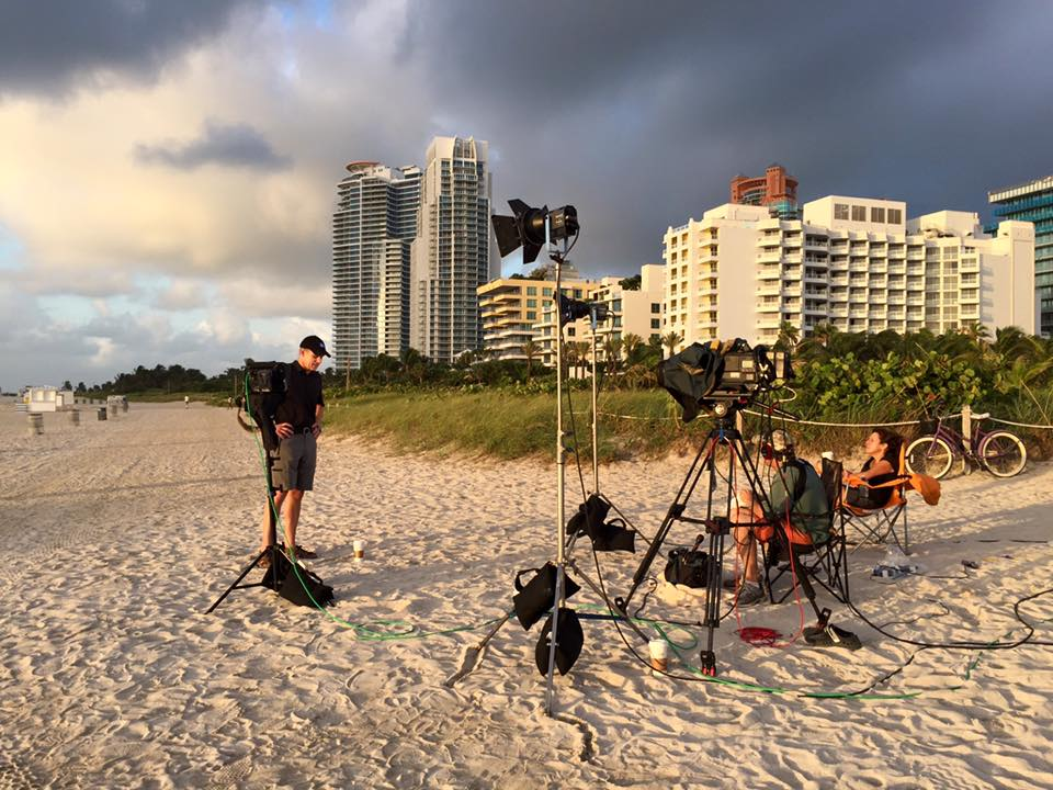 twc 5 Miami Crew Hits The Beach For Tropical Storm Erika   Part 1