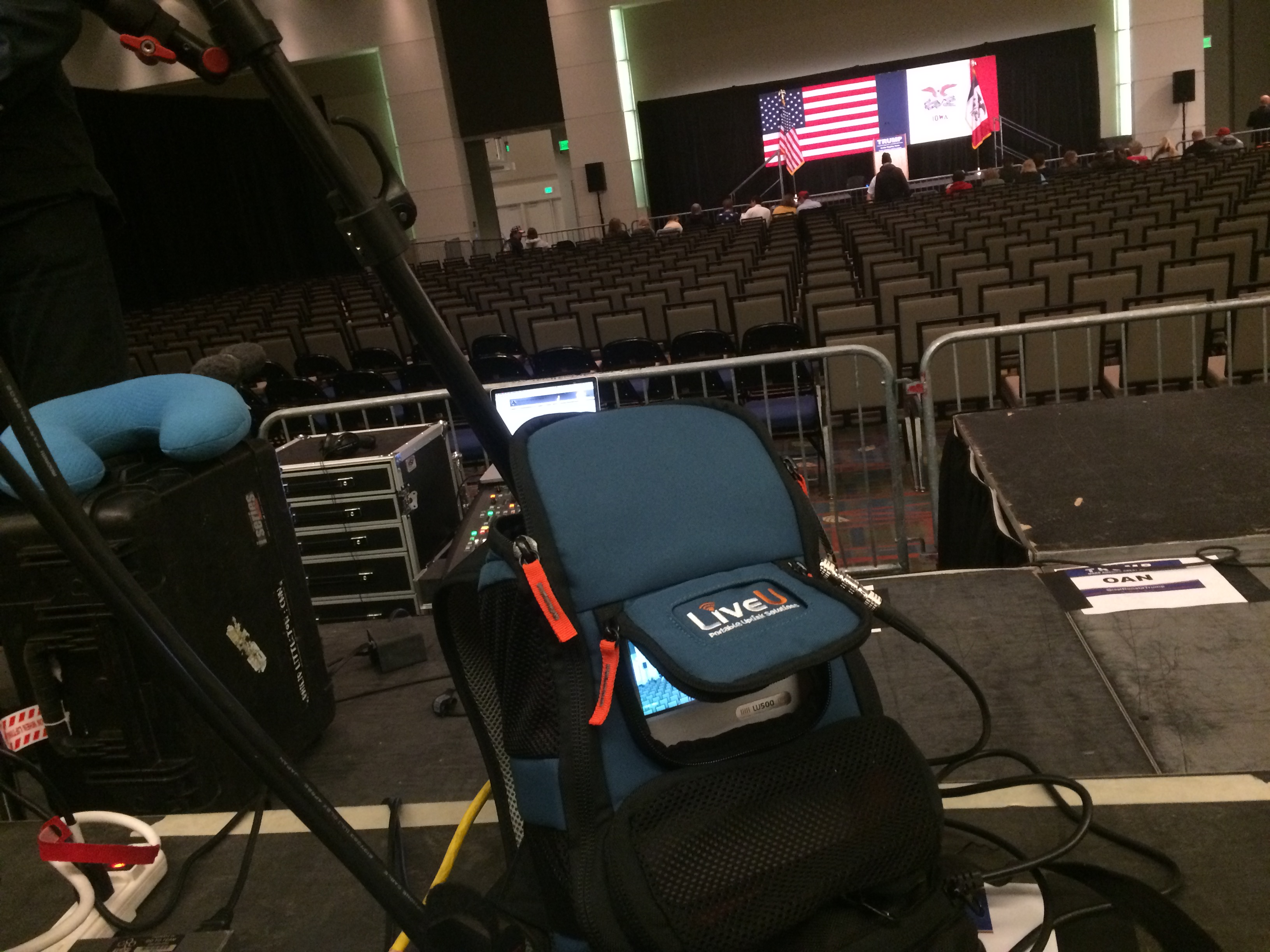 IMG 4515 Chicago Crew Runs for LiveU at Iowa Caucus