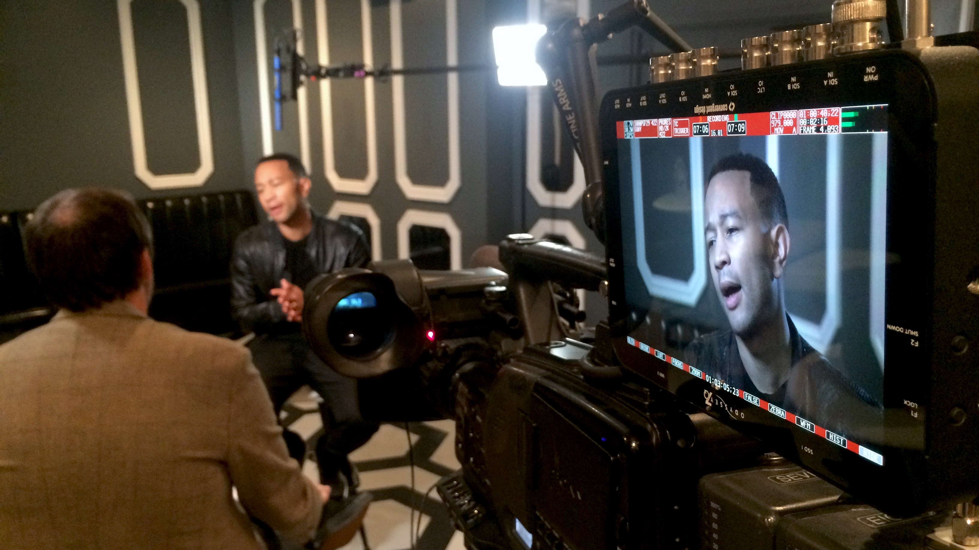 IMG 6751 1 Texas Crew Sits Down with John Legend for E! News
