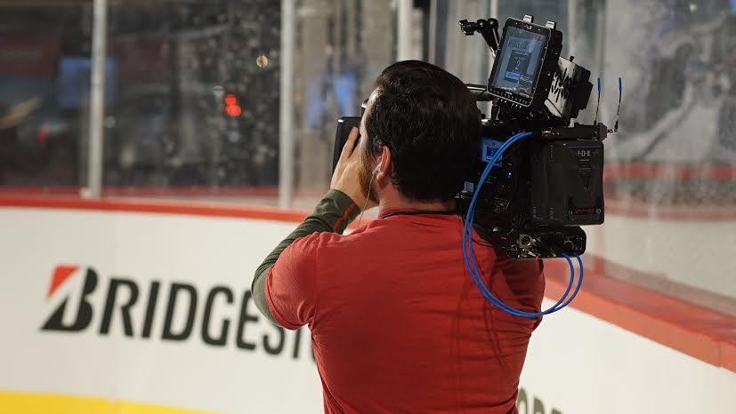 NHL 01 Nashville, Tennessee   Camera Crew   Peter Leininger