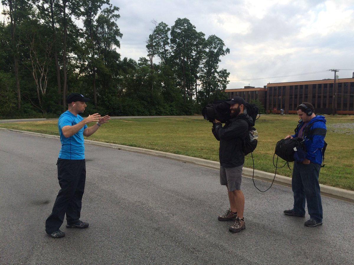 CllpFPnWMAA4oY5 Chicago Crews Chasing Severe Storms with the Weather Channel