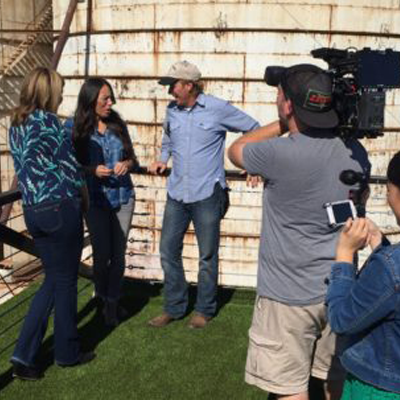 chip joanna gaines Texas Cameraman Reunites with Chip and Joanna Gaines for The Today Show