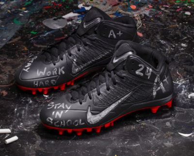 Devonta Freeman 5 400x322 Atlanta Crew Walks a Mile in Freeman's Cleats for Bleacher Report