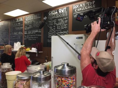 6.13 GTT 5 400x300 Nashville Camera Crew Celebrating Ice Cream Week At Its All So Yummy