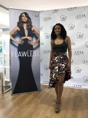 Gabrielle Union 1 300x400 Miami Video Crew with E! News and Gabrielle Union