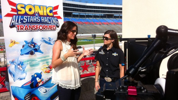 IMG 2537 600x337 Dallas Crew Spends the Day with Danica Patrick