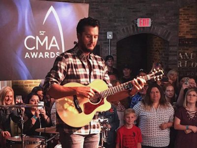 40226642 1967056993384782 3344424474287013888 n 400x300 Nashville Crew Gets Insight on CMA Nominations