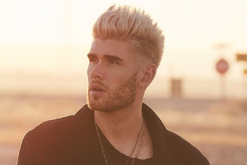 "Colton Dixon Sings and Plays ""Miracles"""