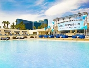 Photo of pool deck at Wet Republic