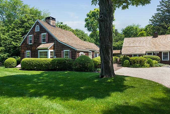 258 Hollow Tree Ridge Road, Darien, Connecticut