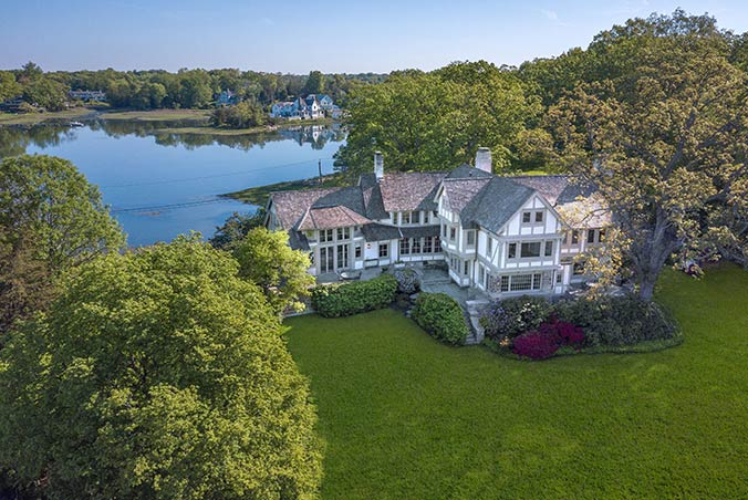 8 Butlers Island Road, Darien, Connecticut