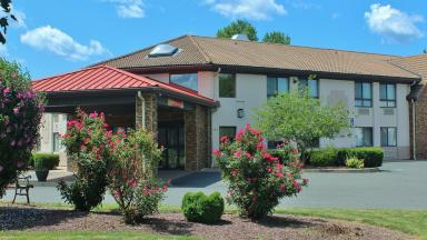 Comfort Inn & Suites West Springfield