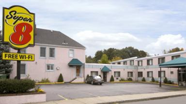 Super 8 Motel Watertown