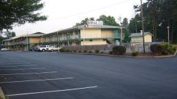 Royal Inn & Suites Charlotte