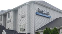 BridgePointe Inn & Suites Northwood