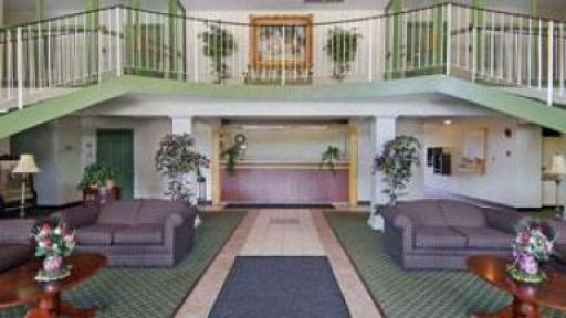 Last Minute Discount At Americas Best Value Inn Erie Hotelcoupons Com